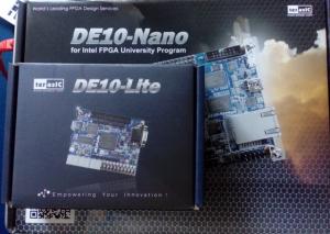 DE10-Liteのパッケージ